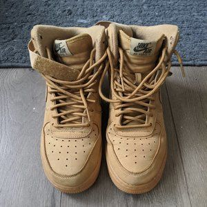 Nike Air Force 1 High LV8 (GS) size 7Y Flax
